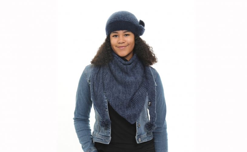 Tuque with two pompons