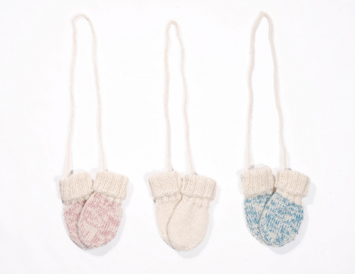 Kid mohair mittens for baby